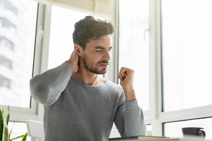 Traitement des douleurs cervicales par Myothérapie